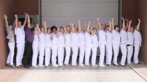 Juichend team Stichting Mondzorg