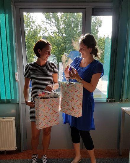 Eveline en Rosalyn met zwangerschapsverlof